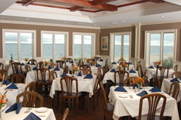 Walls Wharf - Restaurants - 18 Greenwich Ave, Bayville, NY, 11709